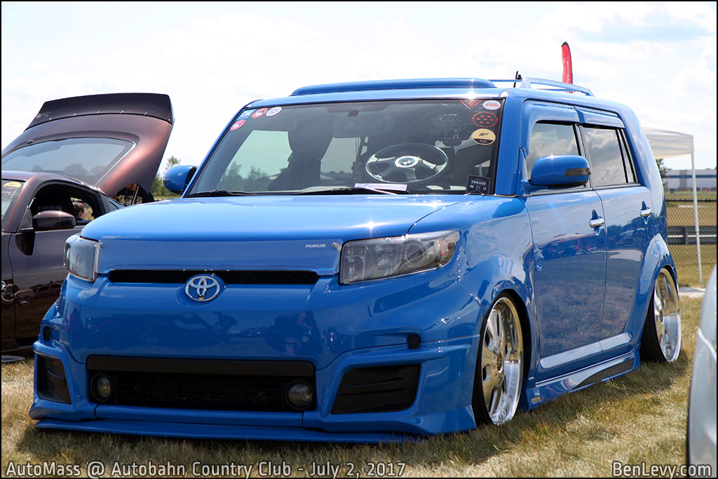 Modded Scion xB Release Series 8.0