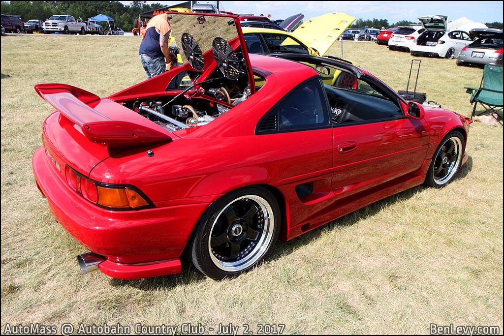 Red Toyota MR2