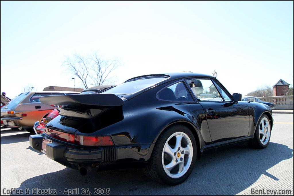 Black Porsche 911 Turbo - BenLevy.com