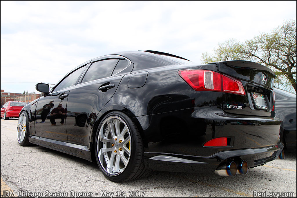 Black Lexus IS350