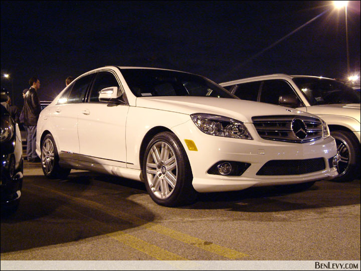 white mercedes benz c300