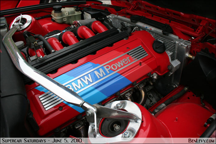S50 Engine With Painted Valve Cover