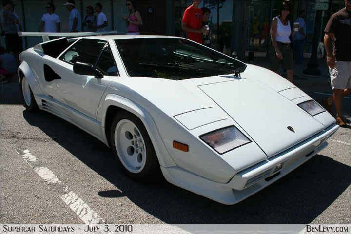 White Lamborghini Countach Benlevy Com