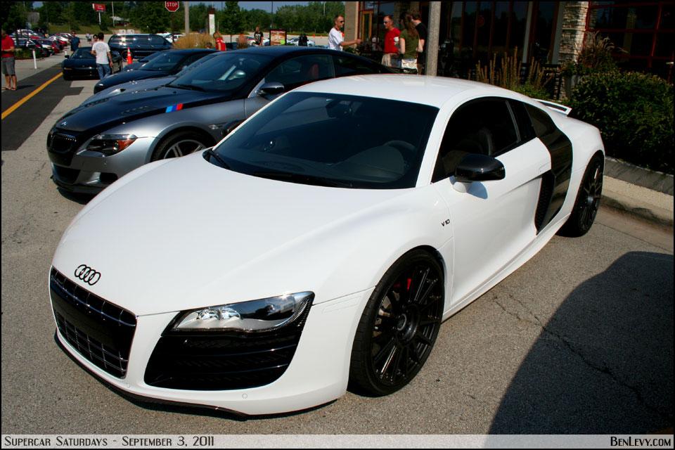 White Audi R8 V10 Benlevy Com
