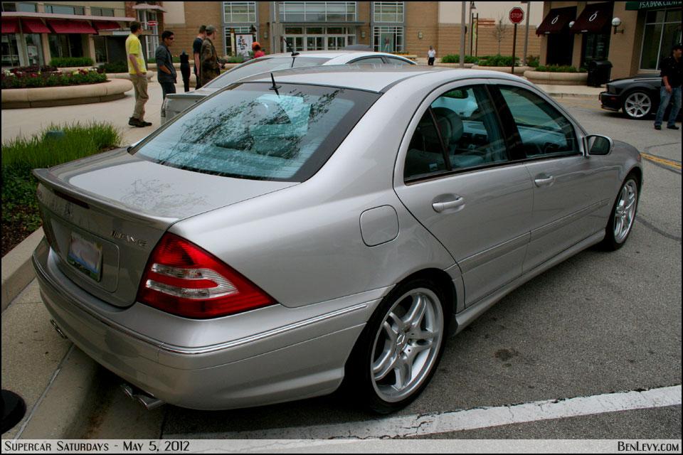 Mercedes benz c55 amg for Mercedes benz c55 amg