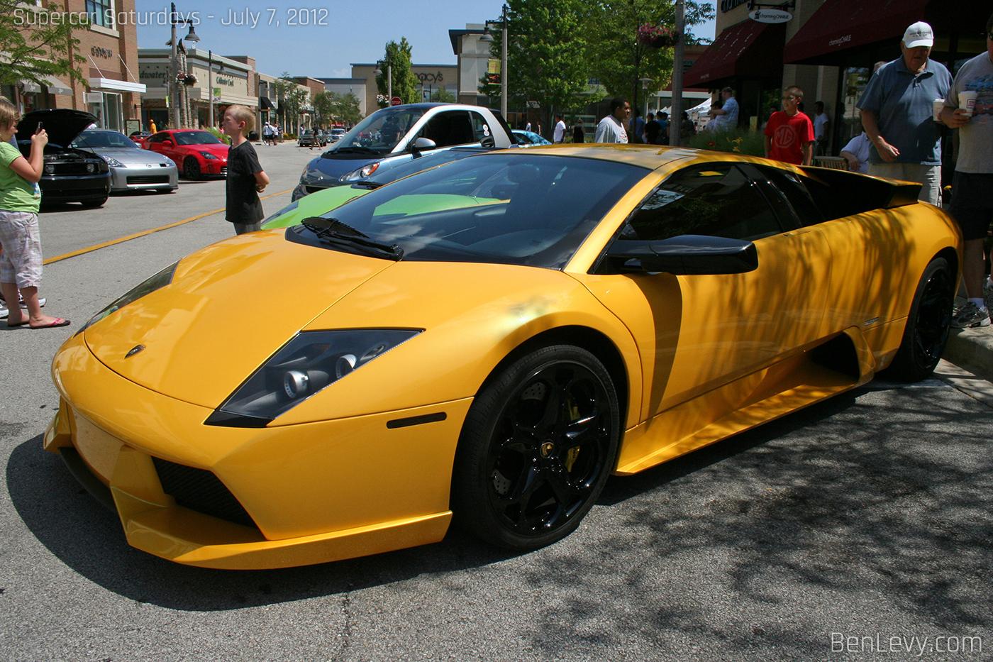 Yellow Lamborghini Murci 233 Lago Benlevy Com