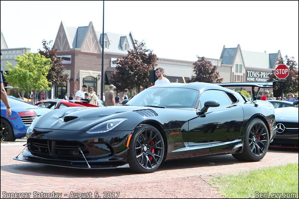 Black Dodge Viper ACR