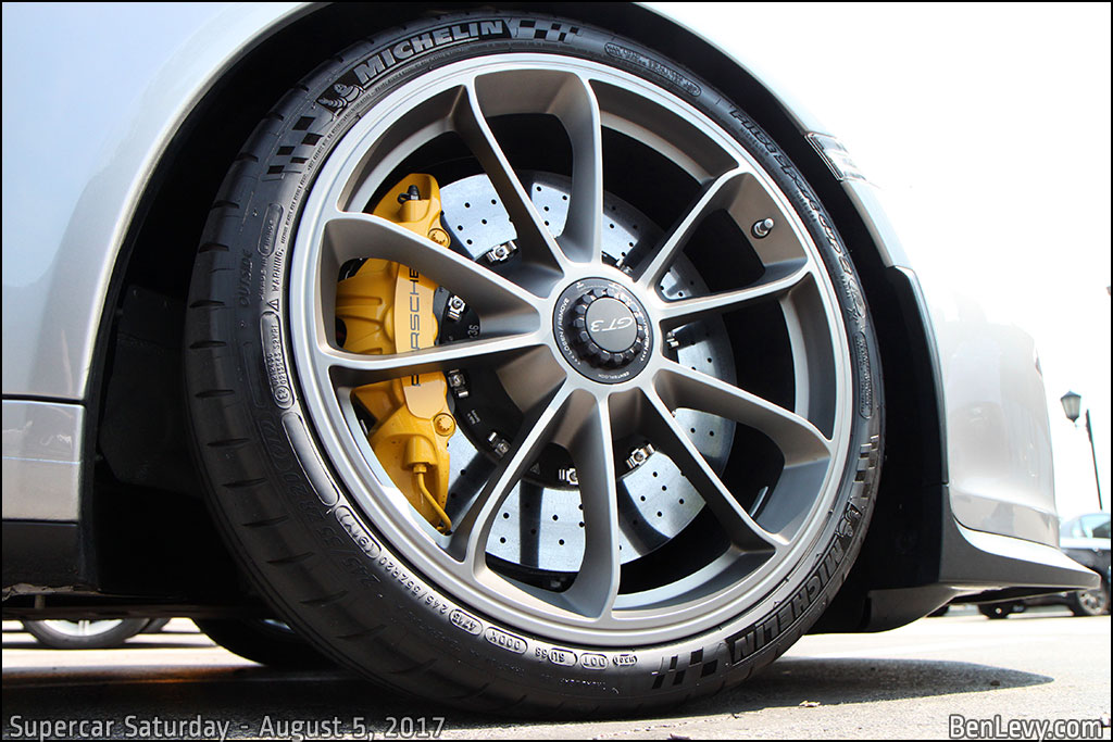 Porsche 911 GT3 Wheel