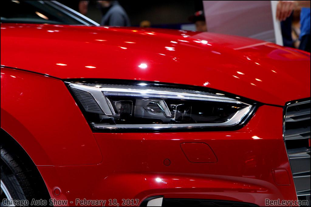 Headlight of 2017 Audi S5