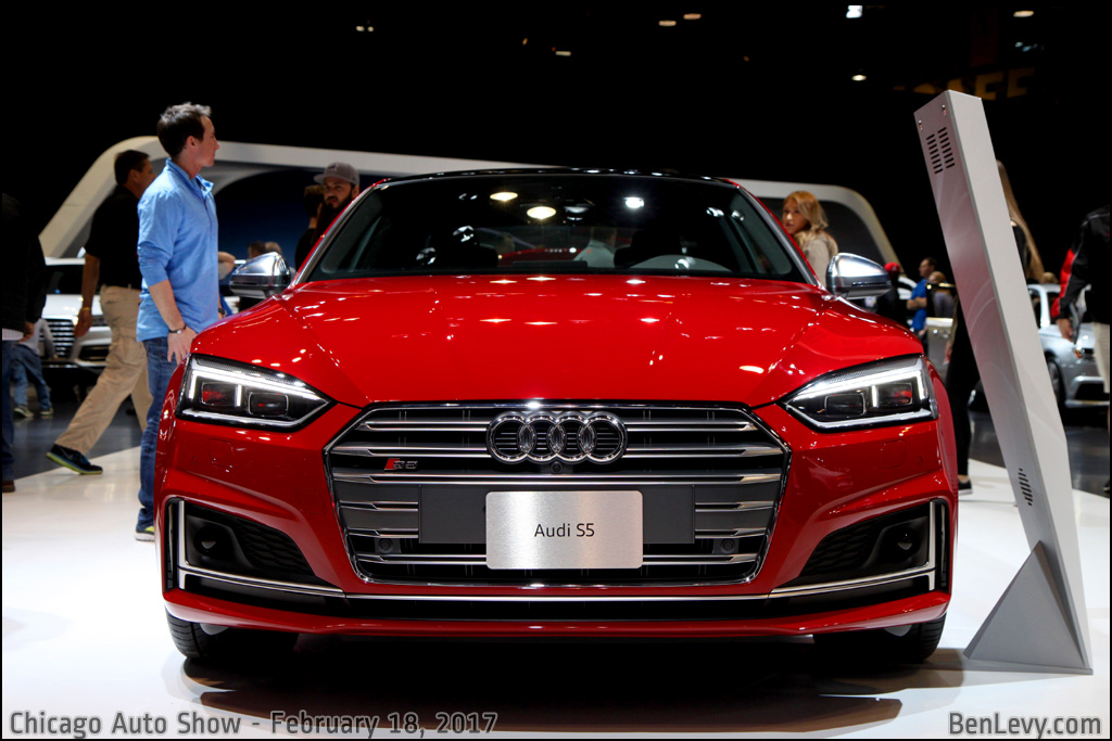 Front of a 2017 Audi S5