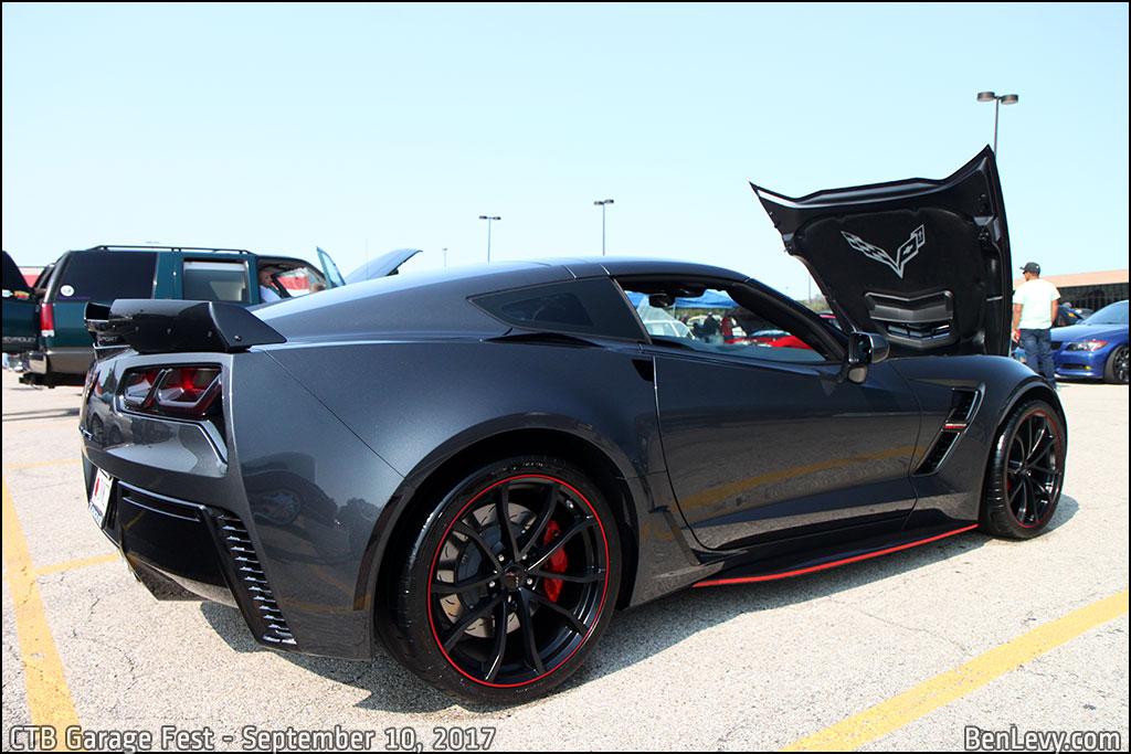 Corvette Grand Sport in Watkins Glen Gray Metallic