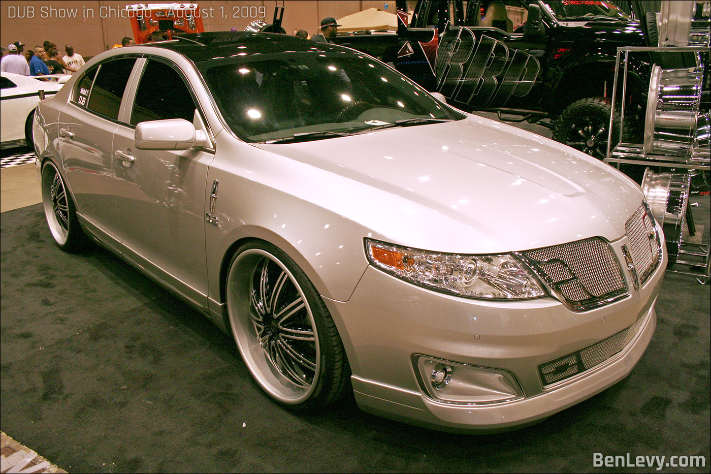 Customized Lincoln MKS - BenLevy.com