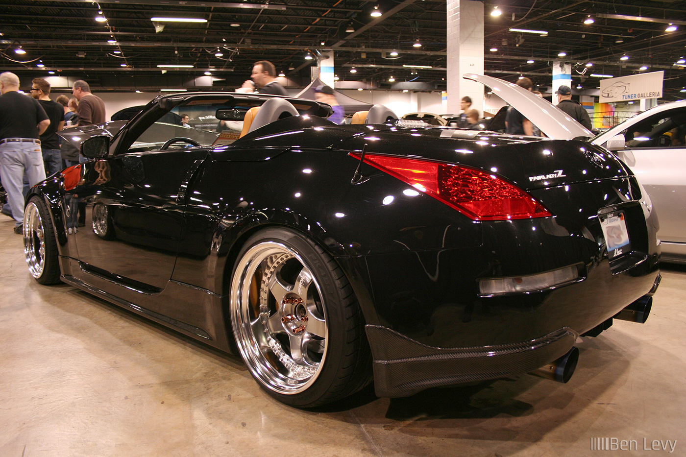 how to drive a nissan 350z convertable