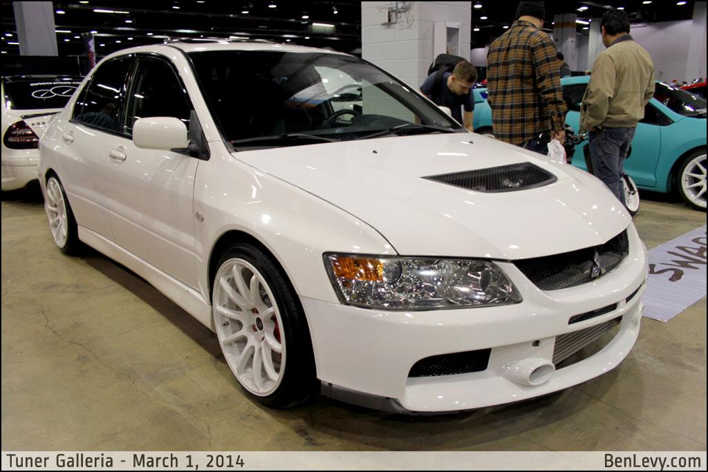 White Mitsubishi Lancer Evo Benlevy Com