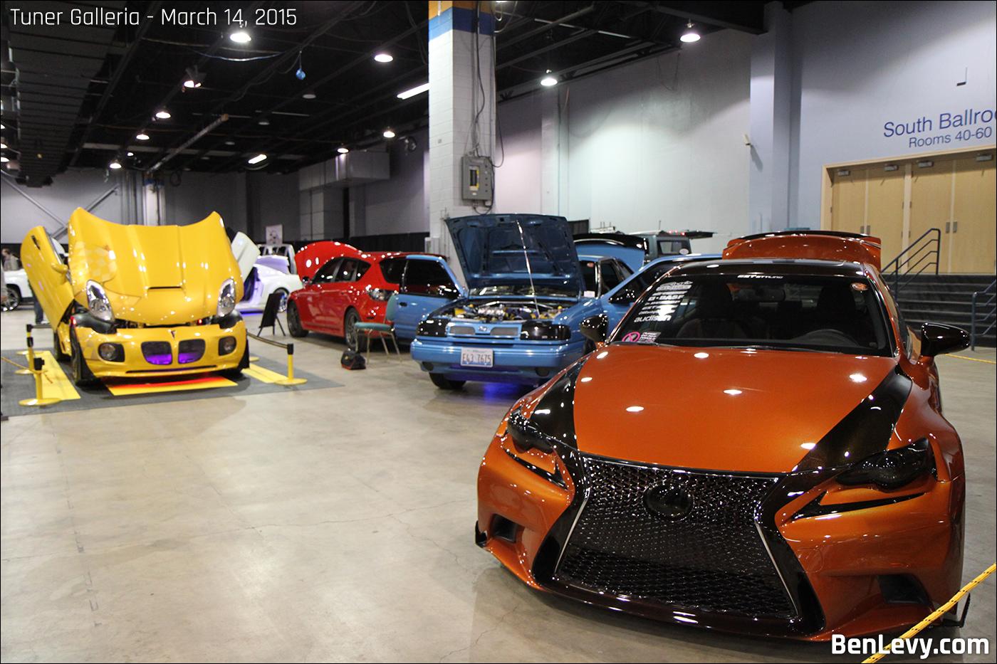 Cars at Tner Galleria 2015