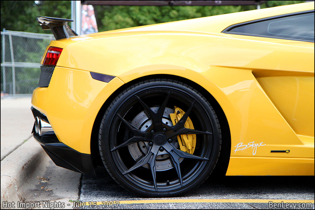 Rohana RFX5 Wheel on Lamborghini Gallardo