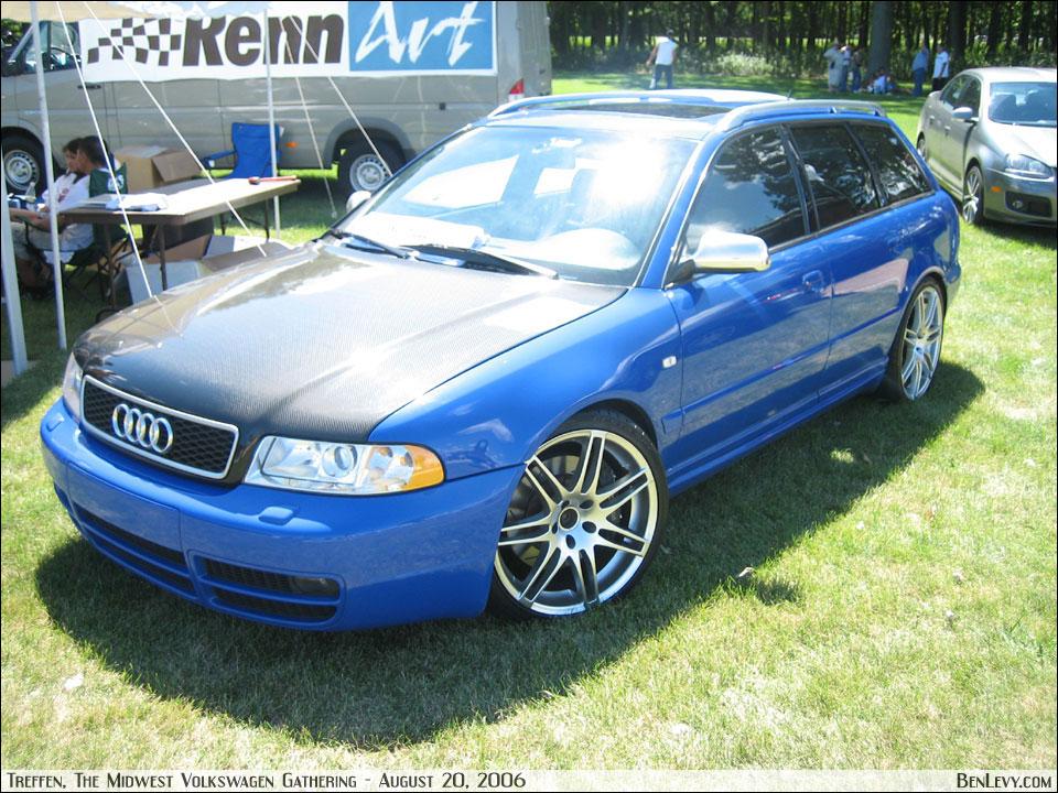 audi s4 avant b5. Blue Audi S4 Avant