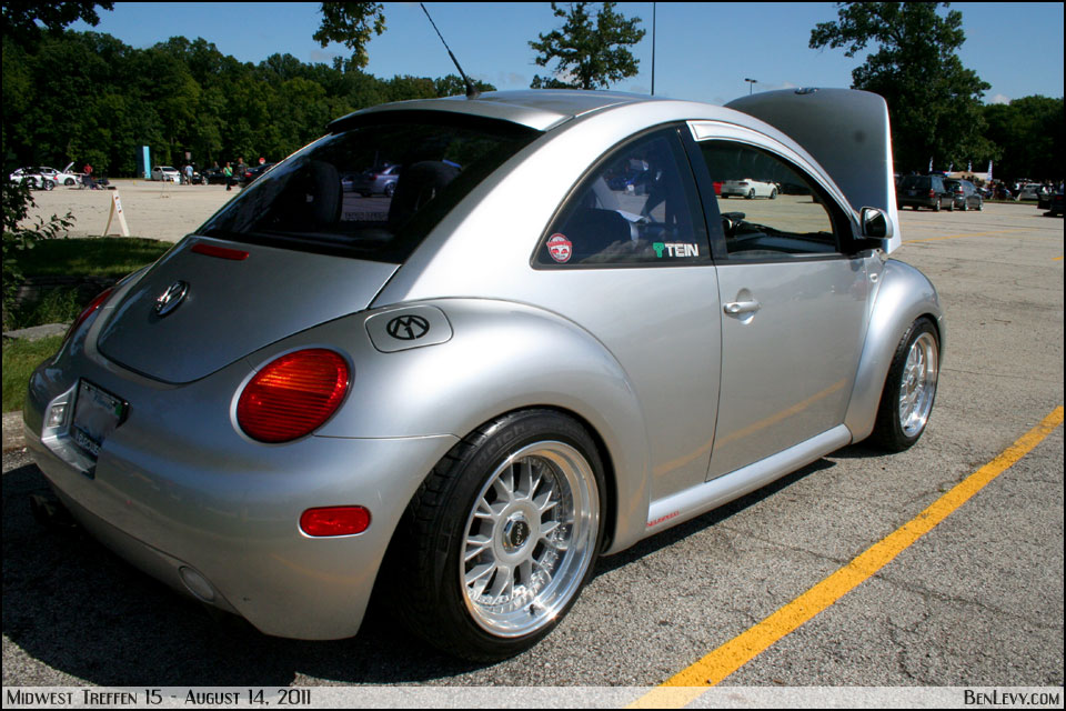 Silver New Beetle - BenLevy.com