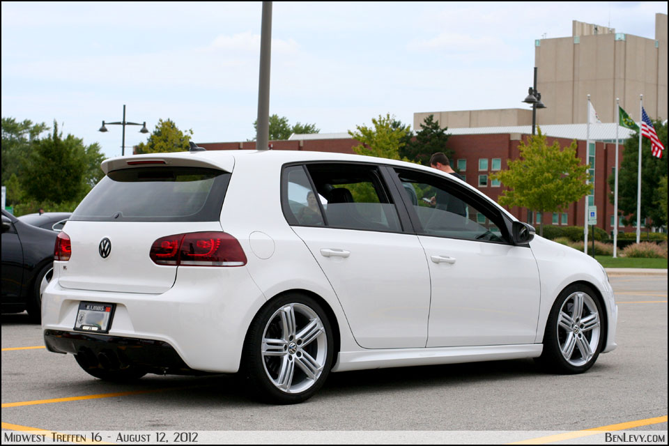 white Golf image